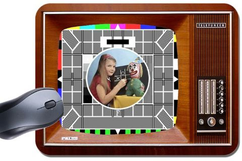 Vintage Television Mouse Mat. The Test Card In Colour Mouse Pad TV